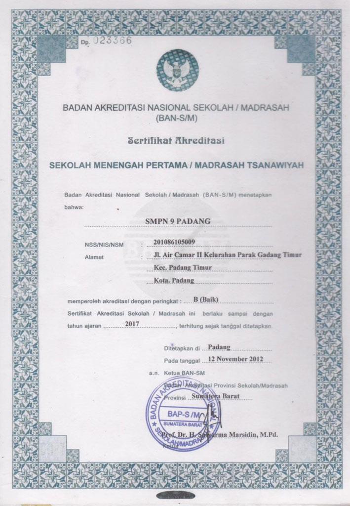 Akreditasi_SMPN9Pdg